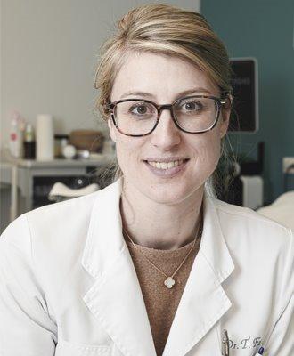 Dr. T. Faes